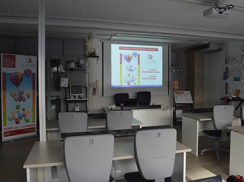 Laboratorio comunicazioni digitali